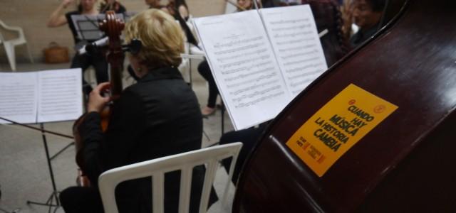 En Paraguay, el acceso a la música no es solamente...